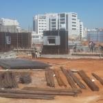 תמונה מהשטח של בניית הבניין